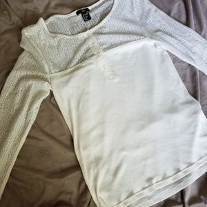 H & M lightweight long sleeve with button front